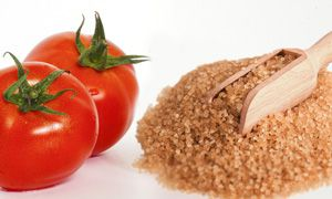 Tomato and brown sugar pack for dark armpits